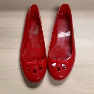 Shoes - Adorable Reb plastic shoes Sz 10